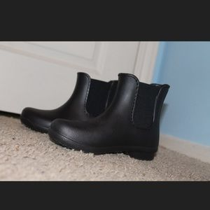 SIZE 5 RAIN BOOT BOOTIES